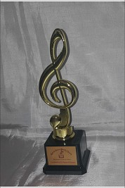Gold music note award